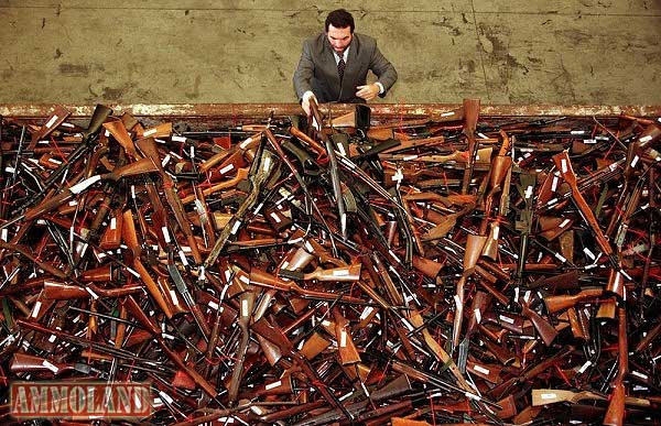 dumpster-of-guns